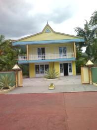maison-creole-st-paul-39ee43c530cb04c4e0b92ec46c319f855afaf282